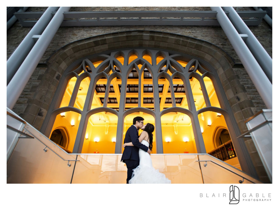 Bride and Groom Queens Lantern | Canadian Museum of Nature | Blair Gable Photography