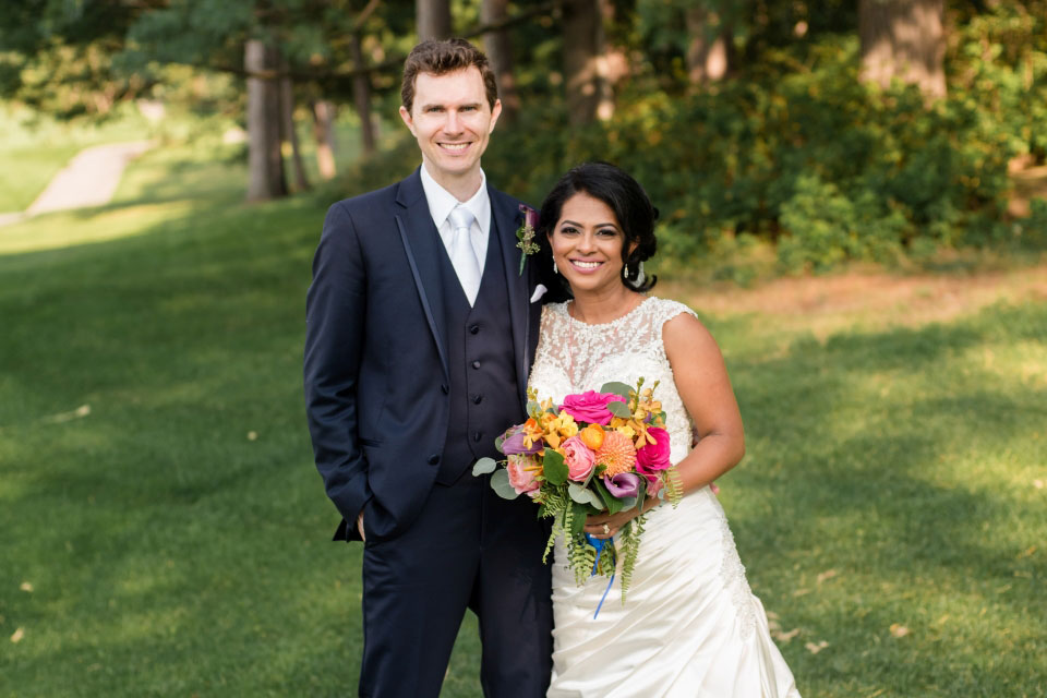 Bride and groom on golf course in Ottawa | Ottawa Hunt and Golf Club | Union Eleven Photographers