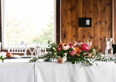 Headtable decor blush coral peach pink florals| Britannia Yacht Club| Union Eleven Photographers