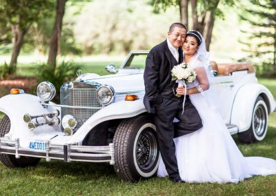 Couple photo vintage car | Stonefields Heritage Farm | Themotions Photography