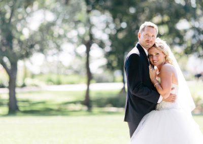 Bride and Groom Major Hill Park Ottawa | Fairmont Chateau Laurier | Union Eleven Photographers