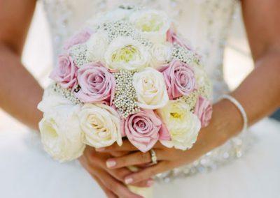 Bridal bouquet white cream blush pink | Fairmont Chateau Laurier | Union Eleven Photographers