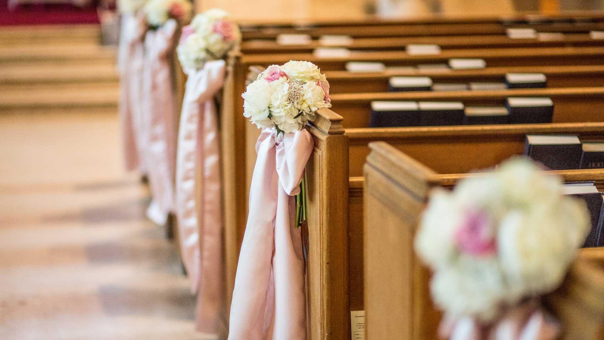 Timeless blush pink and white wedding | Knox Presbyterian Church Ottawa | Union Eleven Photographers