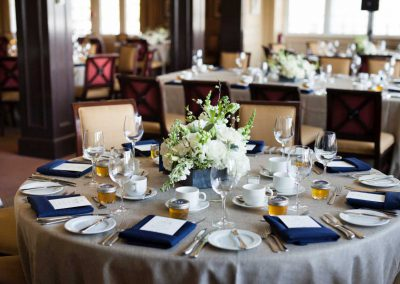 Belgian linens navy napkins slate containers with centerpieces | Rivermead Golf Ottawa | AMBphoto