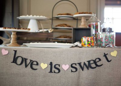 Dessert and Candy Bar Love is Sweet | Rivermead Golf Ottawa | AMBphoto