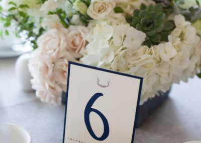 Small log table number holder with cream greenery succulents centerpiece| Rivermead Golf Club Ottawa | AMBphoto